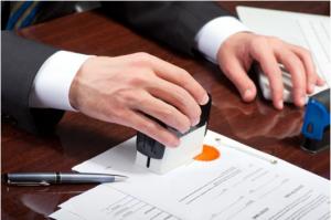 Công chứng hợp đồng chuyển nhượng quyền sử dụng đất
