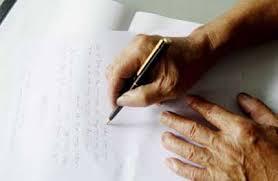 Di chúc bằng văn bản có giá trị như di chúc được công chứng không?