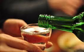 Uống rượu say đâm vợ có phải chịu trách nhiệm hình sự ?