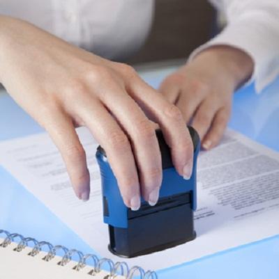 Điều kiện hành nghề công chứng viên