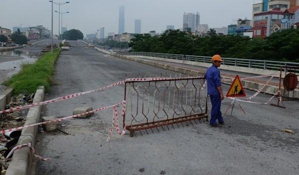 Tai nạn giao thông tại nơi đang thi công, không cắm biển báo có bị xử lý