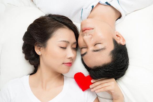 Bất đồng trong cuộc sống vợ chồng nên giải quyết như thế nào?