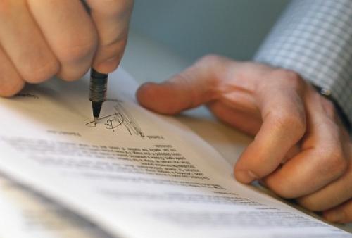 Văn bản công chứng có giá trị khi vắng mặt các bên trong hợp đồng?