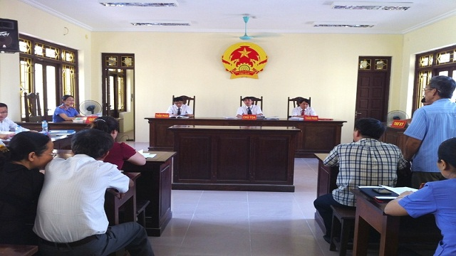 Thủ tục giải quyết vụ án dân sự tại Tòa án cấp sơ thẩm