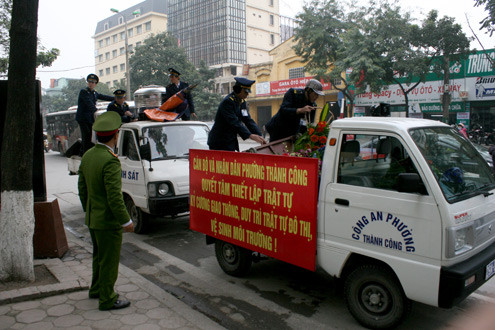 Thẩm quyền của Công an phường có được quyền kiểm tra giấy tờ xe máy