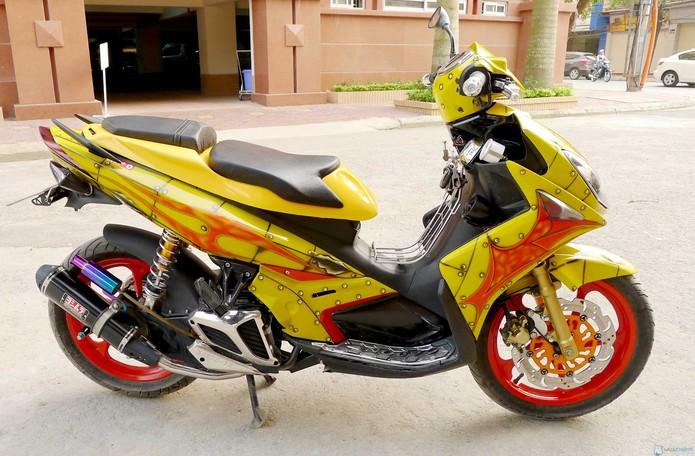 thay đổi màu sơn xe máy