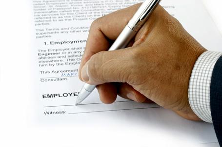 Một số vấn đề cần lưu ý khi ký hợp đồng lao động