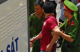 Người có quyền ra lệnh bắt bị can, bị cáo để tạm giam
