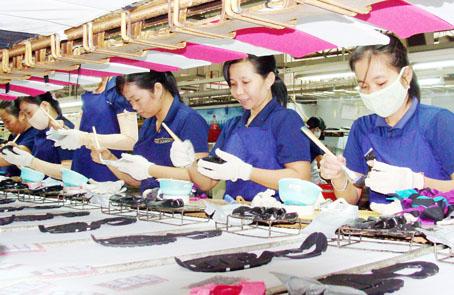 chế độ bảo hiểm xã hội với lao động nữ