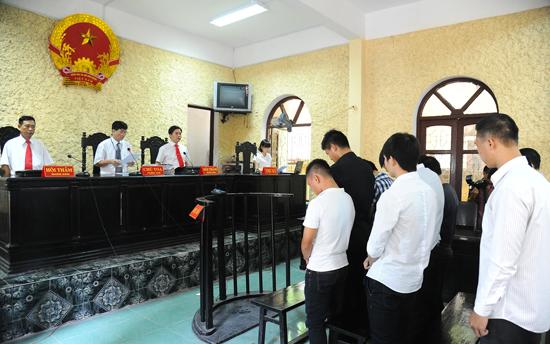 Đình chỉ xét xử phúc thẩm theo quy định của Bộ luật Tố tụng hình sự 2015