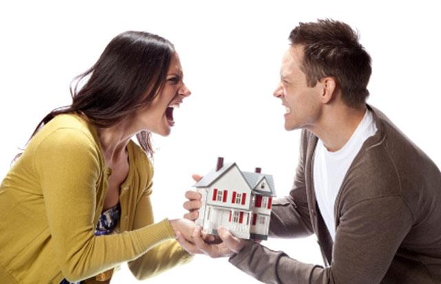 Quan hệ tài sản khi chung sống như vợ chồng