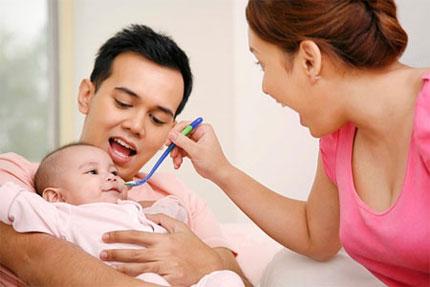 Vợ không đóng BHXH chồng có được hưởng thai sản không
