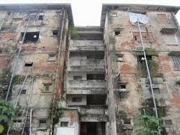 Thực hiện phá dỡ nhà chung cư để cải tạo xây dựng lại nhà chung cư