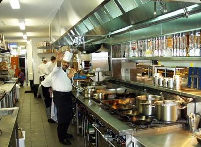 Bị cửa hàng kinh doanh đồ ăn thải mùi khó chịu phải làm sao?