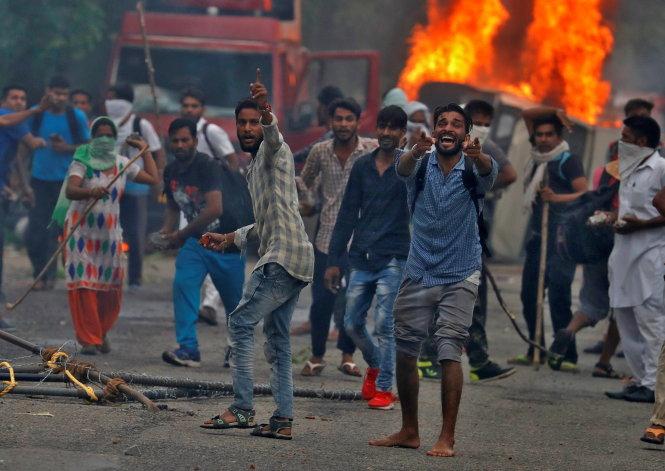 Tội bạo loạn trong bộ luật hình sự