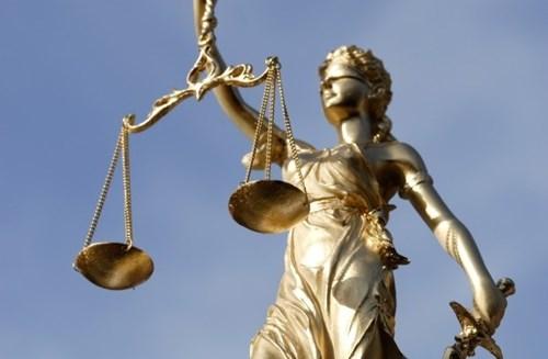 Những trường hợp không được khởi tố vụ án hình sự theo quy định của BLTTHS năm 2015