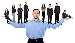 Hạn chế của pháp luật về người có quyền quản lý doanh nghiệp và thành lập doanh nghiệp