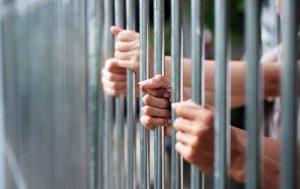 Xử lý người đang chấp hành phạt tù bỏ trốn của BLHS 2015 như thế nào?