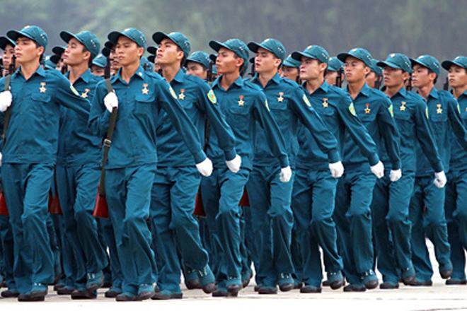 Tạm hoãn, miễn, thôi trước thời hạn thực hiện nghĩa vụ tham gia dân quân tự vệ nòng cốt trong thời bình