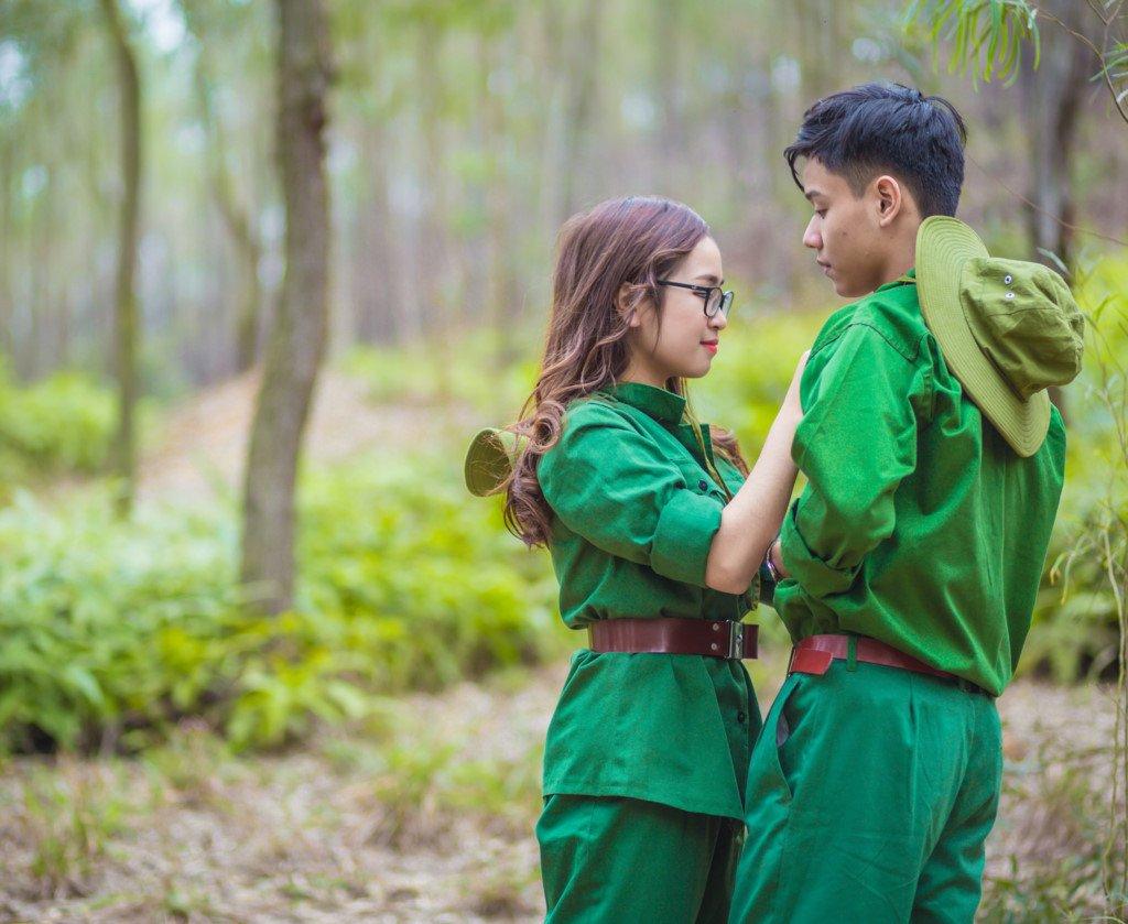 Kết hôn với sĩ quan quân nhân