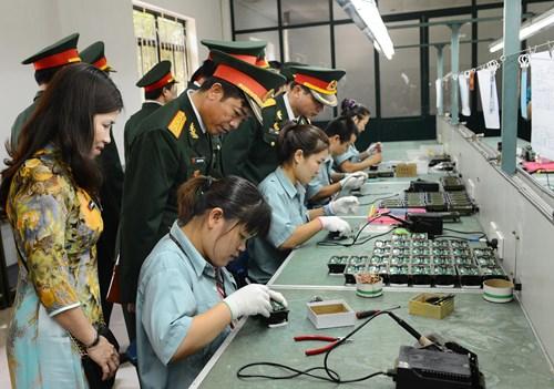 Xử phạt vi phạm quy định về hoạt động công nghiệp quốc phòng
