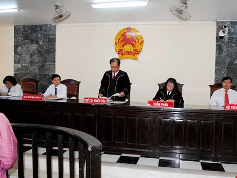 Tòa án có được xét xử quá phạm vi truy tố của Viện kiểm sát hay không?