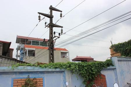 Đất nằm trong hành lang an toàn lưới điện có được xây dựng không