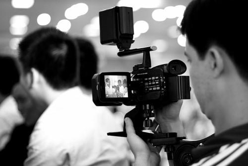 Sử dụng kết quả ghi âm hoặc ghi hình có âm thanh