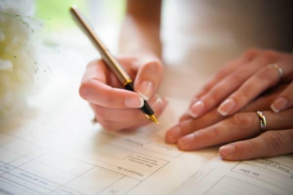 Hướng dẫn viết đơn xin đăng ký kết hôn