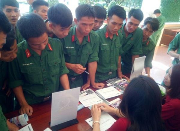 đăng ký đào tạo nghề qua thẻ học nghề
