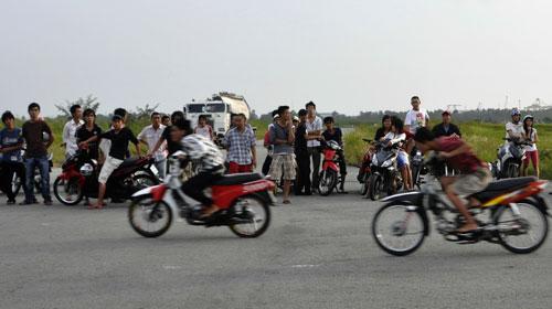 Tội đua xe trái phép theo quy định của Bộ luật hình sự năm 2015