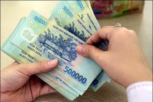 Bảo vệ quyền lợi của NLĐ bị giữ lương theo luật hiện nay