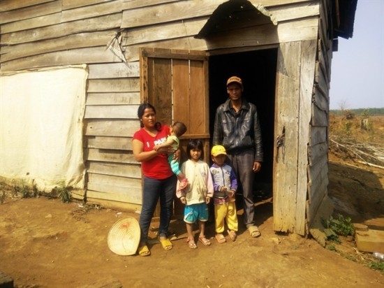 Hỗ trợ đối với hộ nghèo tại Đắc Lắc
