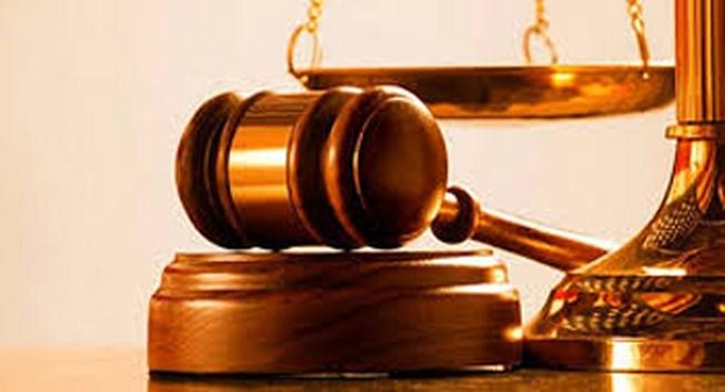 Tải mẫu số 16-HS Quyết định áp dụng thủ tục rút gọn (Ban hành kèm theo Nghị quyết số 05/2017/NQ-HĐTP ngày 19 tháng 9 năm 2017 của Hội đồng Thẩm phán Tòa án nhân dân tối cao)