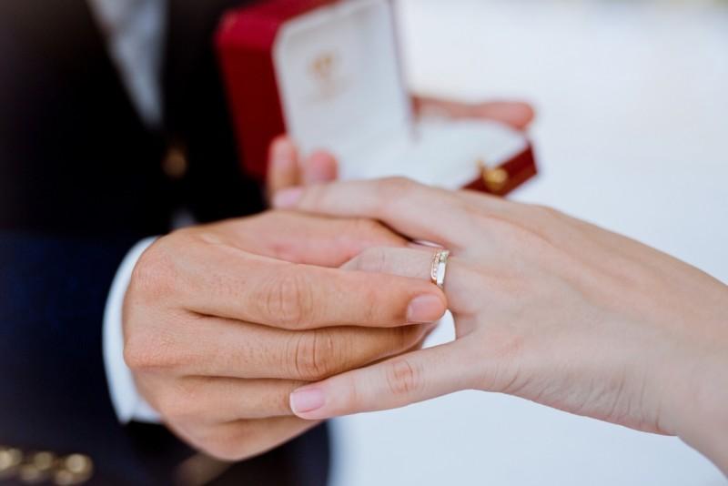 Người đang chấp hành hình phạt tù có được đăng ký kết hôn không?