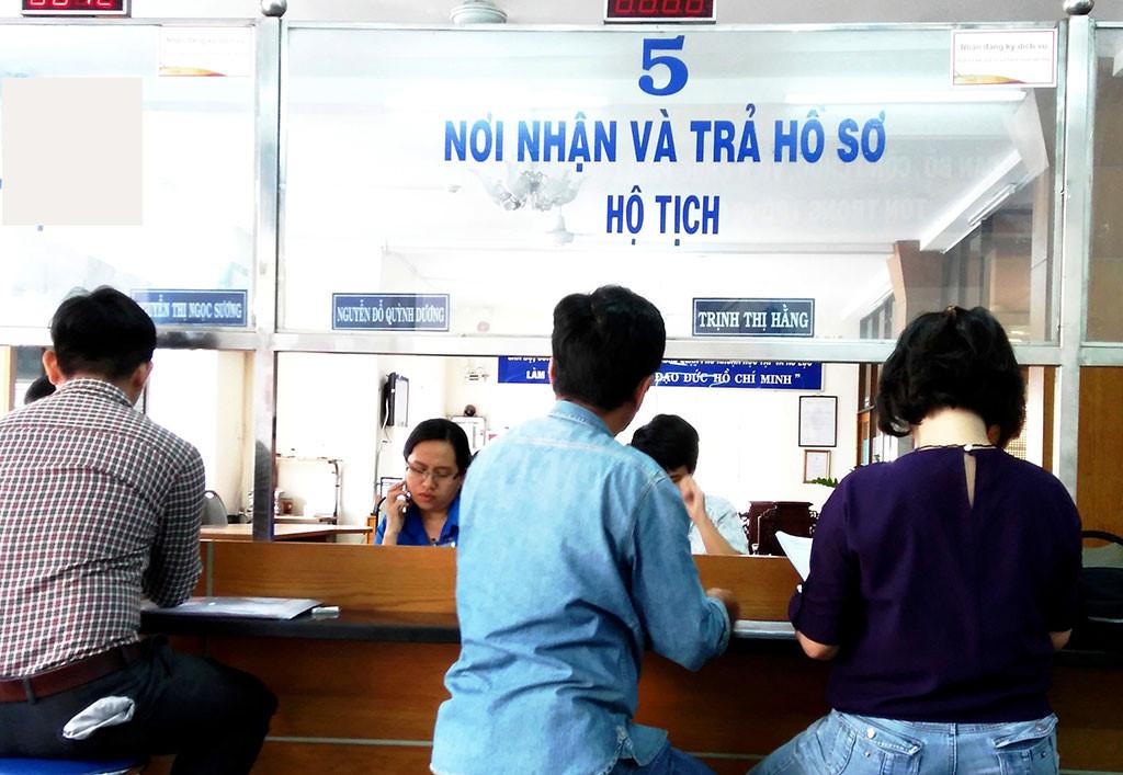 Thủ tục nhập quốc tịch Việt Nam theo quy định pháp luật hiện hành