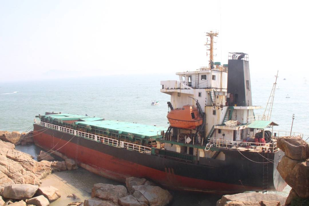 vi phạm quy định về BVMT trong nhập khẩu phá dỡ tàu biển cũ