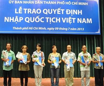 Điều kiện được nhập quốc tịch Việt Nam