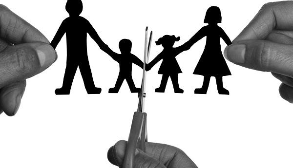 Quy định về những hành vi vi phạm chế độ hôn nhân và gia đình