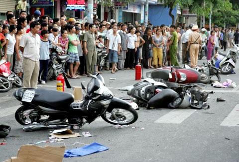Phạm tội vi phạm quy định về giao thông đường bộ
