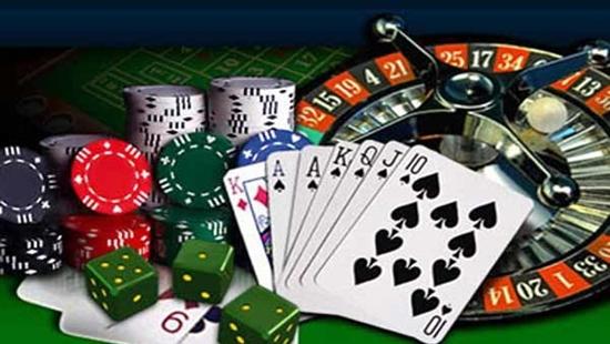 Tiền hoặc hiện vật dùng vào việc đánh bạc