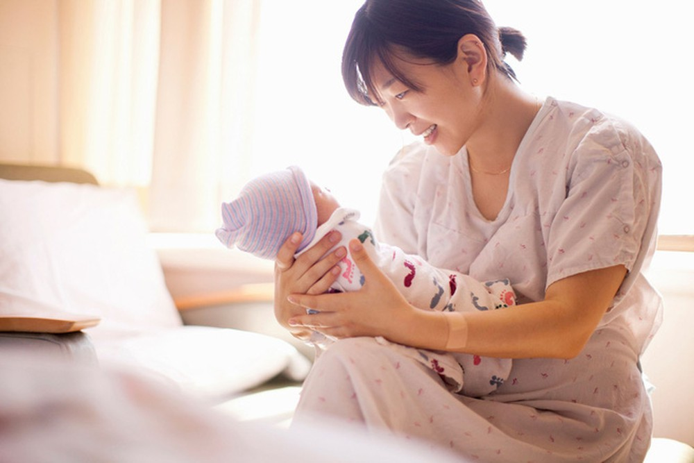 Đóng BHXH bao lâu để được chế độ thai sản