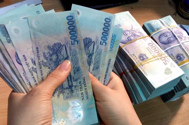 BLTTHS quy định thu giữ vật chứng là tiền có lập biên bản không?