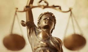 Phân biệt tạm ngừng và hoãn phiên tòa