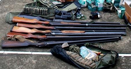 Thủ tục cấp Giấy phép sử dụng vũ khí quân dụng theo pháp luật