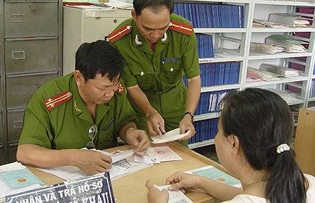 Hướng dẫn cách ghi sổ hộ khẩu theo quy định