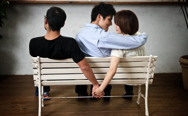 Xử lý vi phạm chế độ hôn nhân một vợ một chồng 2019