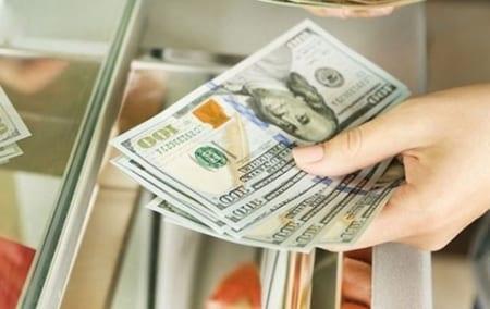 Trả tiền mua bán đất bằng ngoại tệ theo quy định pháp luật