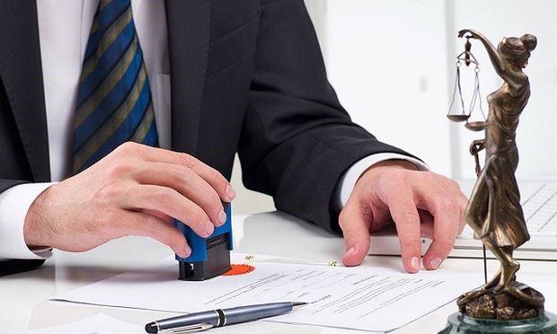 Công chứng hợp đồng mua bán đất cần những giấy tờ gì?