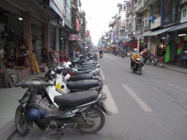 Xử phạt lấn chiếm lòng lề đường đối với xe máy